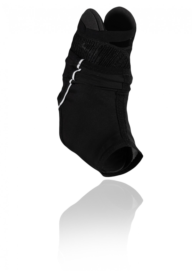 127606-01_rehband_ud_x-stable_ankle_brace_front_3_hr.jpg